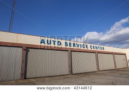 Closed Auto Service Center