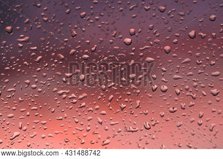 Window Pane, Translucent, Glass Pane. A Moment Ago It Was Raining Heavily, The Outside Of The Pane I