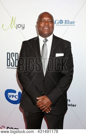 LOS ANGELES - AUG 20:  Rodney Peete at the 21st Annual Harold and Carole Pump Foundation Gala at the Beverly Hilton Hotel on August 20, 2021 in Beverly Hills, CA