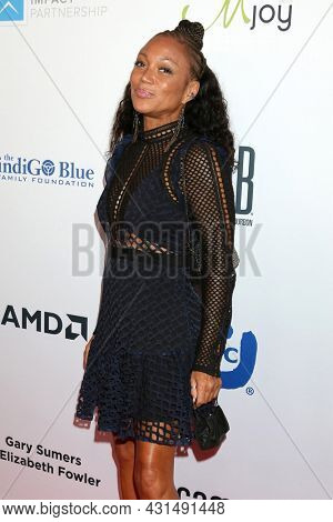 LOS ANGELES - AUG 20:  Chante Moore at the 21st Annual Harold and Carole Pump Foundation Gala at the Beverly Hilton Hotel on August 20, 2021 in Beverly Hills, CA