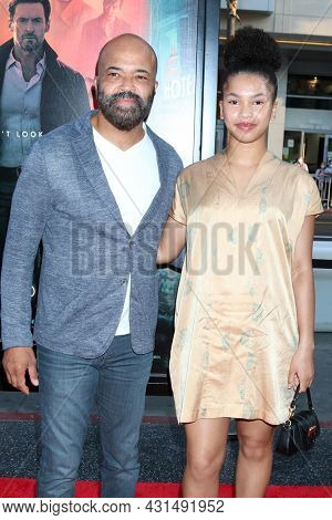 LOS ANGELES - AUG 17:  Jeffrey Wright, TK Wright at the Reminiscence Los Angeles Premiere at the TCL Chinese Theater IMAX on August 17, 2021 in Los Angeles, CA