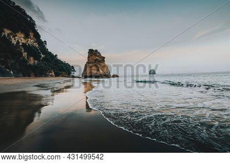 Cathedral Cove in sunset, New Zealand