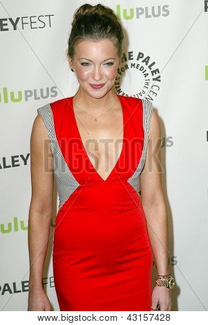 BEVERLY HILLS - MARCH 9: Katie Cassidy arrives at the 2013 Paleyfest