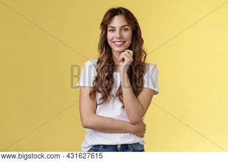 Intrigued Attractive European Brunette Curly Long Hair Look Interested Listen Curious Suggestion Tou
