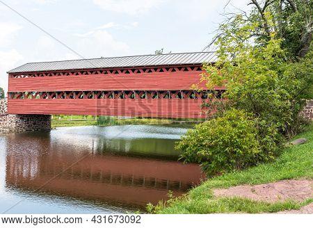 Gettysburg, Pennsylvania, Usa August 27, 2021 Sachs Bridge, A Covered Bridge Near The Battlefield An