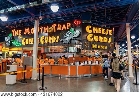 Falcon Heights, Minnesota - August 30, 2021: Mouth Trap Cheese Curds Booth Vendor At The Food Buildi