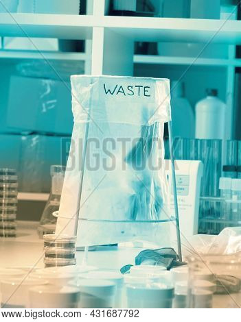 Wastebasket in the biochemical laboratory