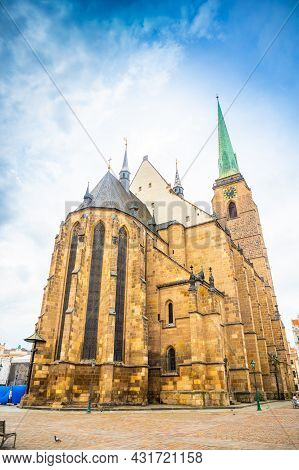 Plzen, Czech Republic - 22.08.2021: Bartholomew Cathedral On Main Square In Plzen, Czech Republic
