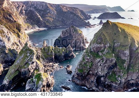 Glenlough Bay Between Port And Ardara In County Donegal Is Irelands Most Remote Bay - Tormore Island
