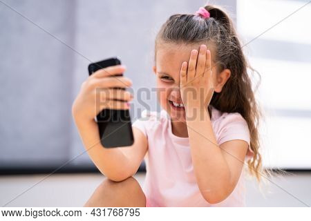 Eye Pain, Fatigue And Spasm. Itchy Eye After Using Phone