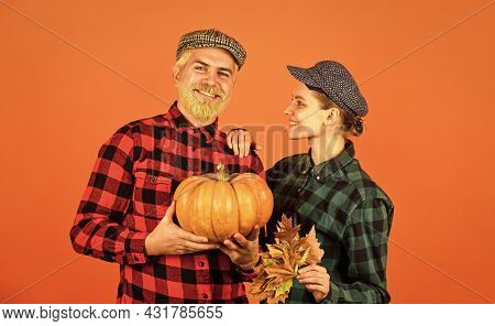 Retro Couple Hold Pumpkin. Man And Woman With Maple Leaf. Farmer Harvesting In Countryside. Fall Sea