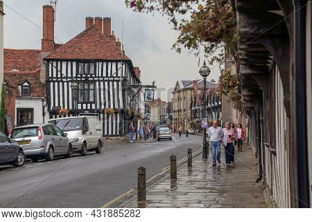 Stratford-upon-avon, Great Britain - September 15, 2014: This Is The Old Chapel Street With Preserve