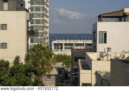 Tel Aviv, Israel - August 16th, 2021: A Cityscape Of Southern Tel Aviv, Israel, With A View Of The M