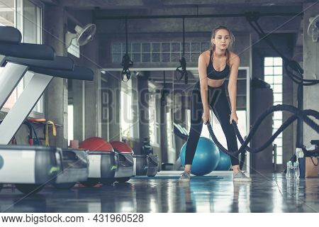 Lifestyle Women Functional Training Exercise  And Cross Fit The Gym Workout For Healthy Care And Bod