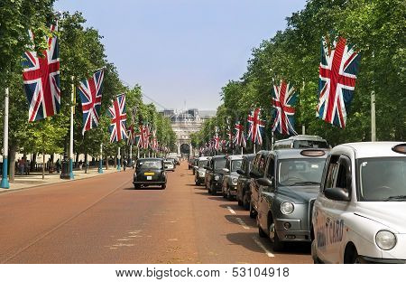 Traditional London Taxis, Black Cabs