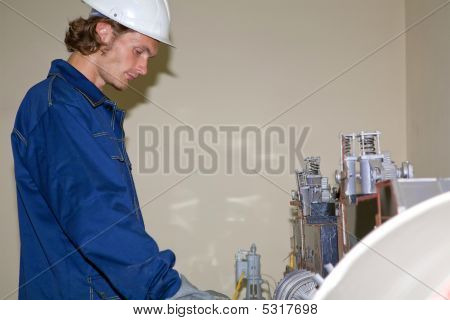 Yong Worker