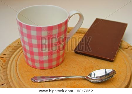 chocolate mug and spoon.