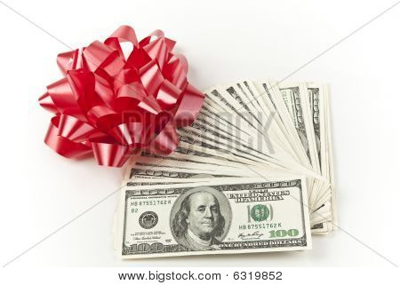 gift money with red bow