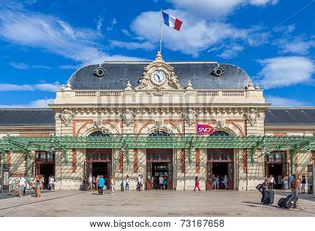 NICE, FRANCE - AUGUST 23, 2014: Gare de Nice - Ville is main railway station in Nice, completed in 1867 by architect Louis Bouchot and served by intercity and high speed TGV trains.