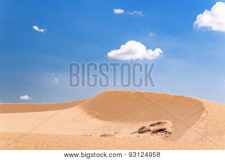 The White Dunes (bau Sen, Bau Trang)- Landmark Near Mui Ne, Binh Thuan, Vietnam.
