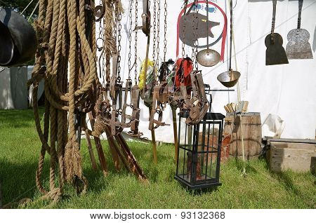 Old traps and ropes on display