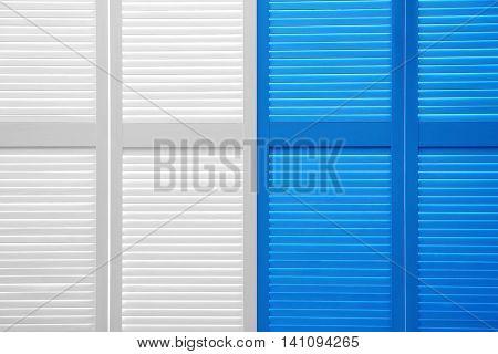 Color folding screen
