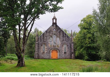 The old church of Scottish Highlands, Summer