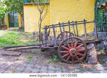 SUCHITOTO EL SALVADOR - MAY 07 : Old wagon in the street of Suchitoto El Salvador on May 07 2016. the colonial town of Suchitoto built by the Spaniards in the 18th century