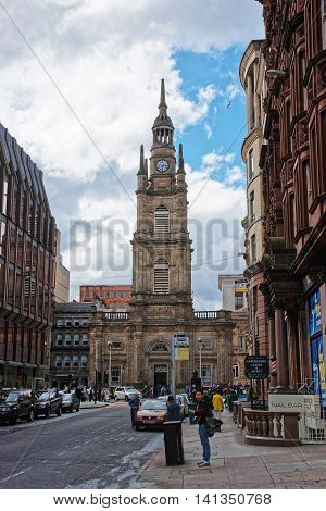 Tourists Near St George Tron Church In Old City Glasgow