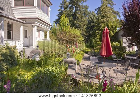 Outdoor garden settings surrounded by plants and trees Oregon.