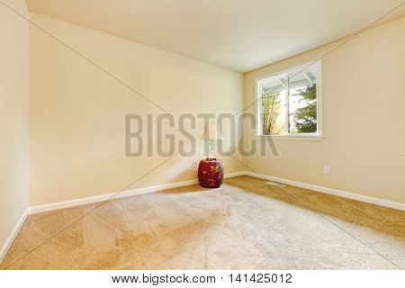 Bright Beige Empty Room Interior Design .
