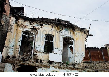 old decrepit abandoned building where no one lives