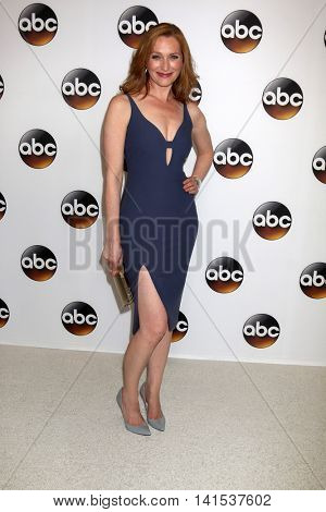 LOS ANGELES - AUG 4:  Kate Jennings Grant at the ABC TCA Summer 2016 Party at the Beverly Hilton Hotel on August 4, 2016 in Beverly Hills, CA
