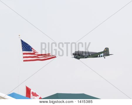 Dc3 And Flag