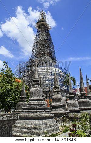 This photo was taken at Wat Phra Nakhon Si Thammarat.