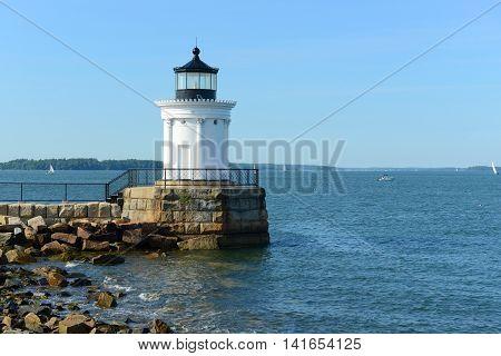 Portland Breakwater Lighthouse (Bug Light) is a small lighthouse at the south Portland Bay, Portland, Maine, USA.