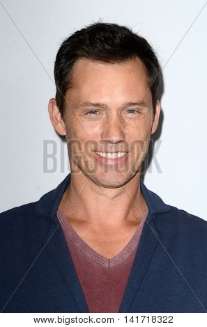 LOS ANGELES - AUG 5:  Jeffrey Donovan at the HULU TCA Summer 2016 Press Tour at the Beverly Hilton Hotel on August 5, 2016 in Beverly Hills, CA