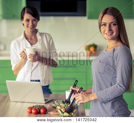 Girls In The Kitchen