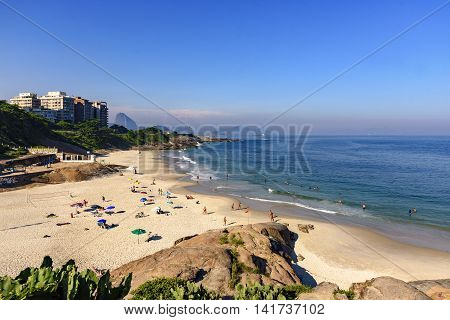 Devil's Beach located between the neighborhoods of Ipanema and Copacabana side of the stone to Arpoador with its beautiful view