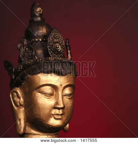 Budha Head On Red
