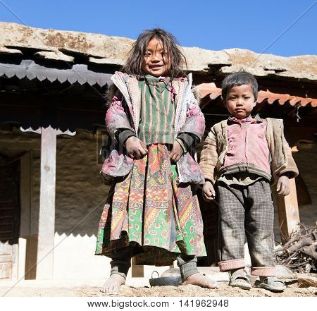 SIM VILLAGE WESTERN NEPAL - 15TH OF NOVEMBER 2013 - group of unidentified nepalese children in western Nepal trek from Dunai to Jumla