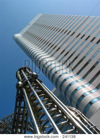 Yokohama Building  & Alien