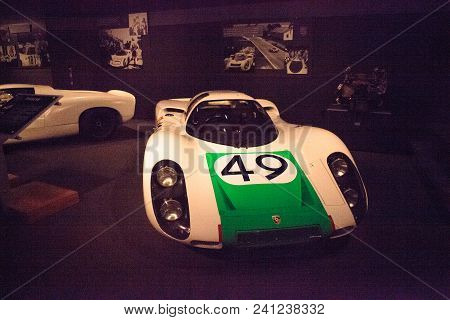 Naples, Florida, Usa - May 5, 2018:  Green And White 1968 Porsche 907 Coupe Displayed At The Revs In