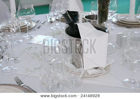 Cooling Champagne