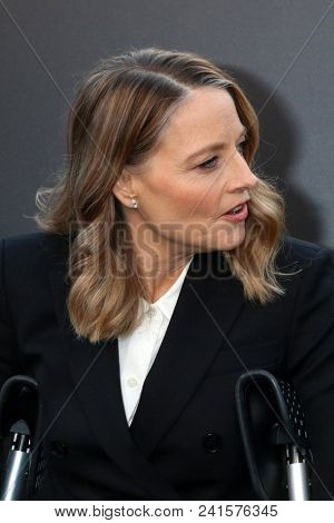 LOS ANGELES - MAY 19:  Jodie Foster at the