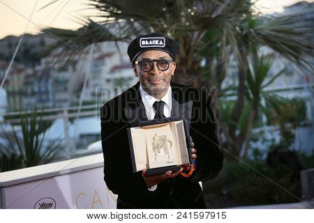 Director Spike Lee  attends the photocall the Palme D'Or Winner during the 71st Cannes Film Festival at Palais on May 19, 2018 in Cannes, France.