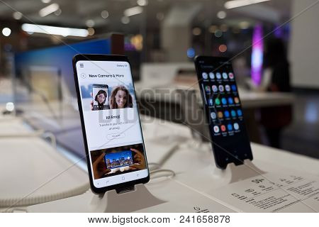 Chiang Mai , Thailand - Mar 1, 2018: Newly Launched Samsung Galaxy S9 And S9 Plus Smartphone Is Disp