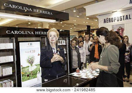 Lima, Peru - October 25: The Prestigious Fashion Designer Carolina Herrera And Her Daughter Carolina