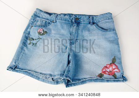 Jean Shorts With Floral Embrodiery Isolated