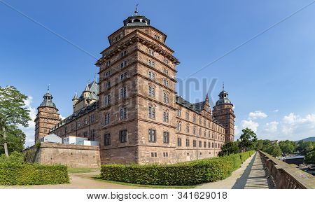 Aschaffenburg, Germany - August 26, 2019: Famous City Castle In Aschaffenburg, Bavaria.